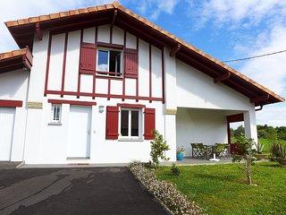 3 bedroom Villa in Urrugne, Nouvelle-Aquitaine, France : ref 5627320