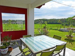 3 bedroom Villa in Urrugne, Nouvelle-Aquitaine, France : ref 5627320