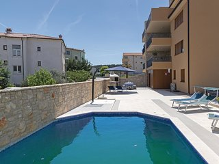 2 bedroom Apartment in Ližnjan, Istarska Županija, Croatia - 5625613