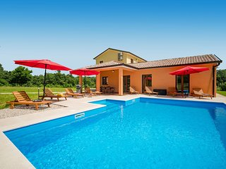 3 bedroom Villa in Brajkovići, Istria, Croatia : ref 5633497