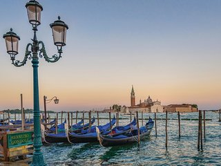 1 bedroom Apartment in Venice, Veneto, Italy : ref 5633888