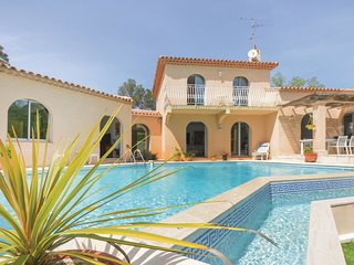 4 bedroom Villa in Valescure, Provence-Alpes-Côte d'Azur, France : ref 5629988