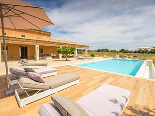 6 bedroom Villa in Costitx, Balearic Islands, Spain : ref 5633446
