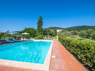 6 bedroom Villa in Missiano, Umbria, Italy : ref 5635386