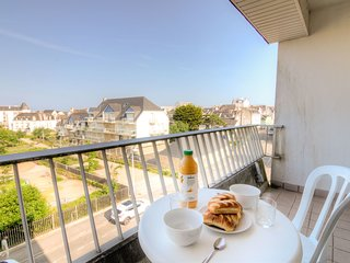 1 bedroom Apartment in Quiberon, Brittany, France : ref 5559927