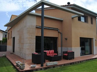 4 bedroom Villa in Olot, Catalonia, Spain : ref 5633453