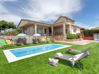 6 bedroom Villa in Caulés, Catalonia, Spain : ref 5636789