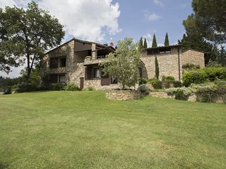 4 bedroom Villa in Aiola, Tuscany, Italy - 5639075