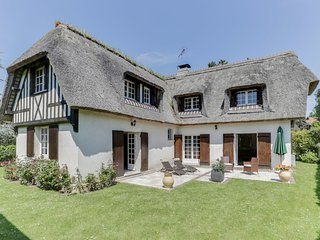 4 bedroom Villa in Deauville, Normandy, France : ref 5627426