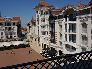 2 bedroom Apartment in Arcachon, Nouvelle-Aquitaine, France : ref 5639026