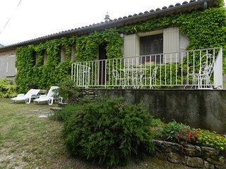 1 bedroom Apartment in Saint-Roman-de-Malegarde, Provence-Alpes-Cote d'Azur, Fra