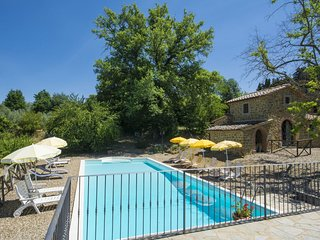 4 bedroom Villa in Ciggiano, Tuscany, Italy : ref 5638952