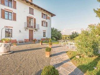 5 bedroom Villa in Zona Industriale Canelli - Pr4, Piedmont, Italy : ref 5639492