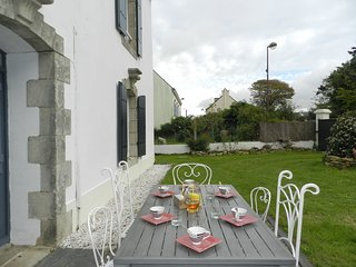 4 bedroom Villa in Clohars-Carnoët, Brittany, France : ref 5633476