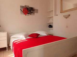 One bedroom apartment Pokrivenik, Hvar (A-4604-c)
