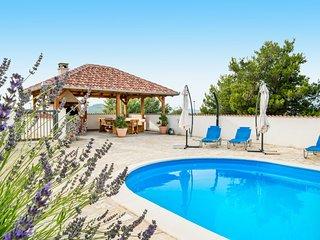 5 bedroom Villa in Drage, Zadarska Zupanija, Croatia : ref 5639066