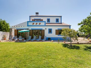 5 bedroom Villa in Vala, Faro, Portugal : ref 5629690