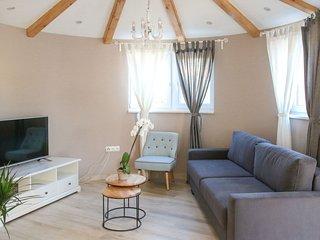 1 bedroom Villa in Anić, Zadarska Županija, Croatia : ref 5635377