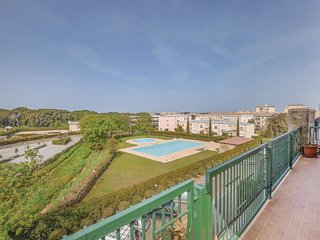 3 bedroom Apartment in San Vincenzo, Tuscany, Italy : ref 5637085