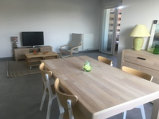 2 bedroom Apartment in Labenne, Nouvelle-Aquitaine, France : ref 5647360
