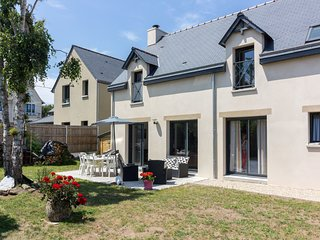 4 bedroom Villa in Port-Blanc, Brittany, France : ref 5644501