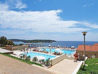 1 bedroom Apartment in Pjescana uvala, , Croatia : ref 5580402