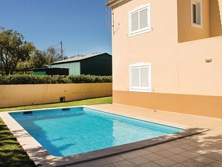 4 bedroom Villa in Pera, Faro, Portugal : ref 5630027
