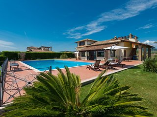 4 bedroom Villa in Fosso dell'Isolotto, Latium, Italy : ref 5635395