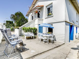 3 bedroom Apartment in Vaux-sur-Mer, Nouvelle-Aquitaine, France : ref 5627423
