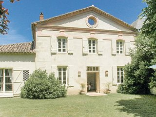 2 bedroom Villa in Saint-Antoine-de-Breuilh, France - 5637094