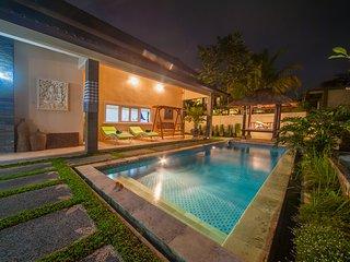 3BR Villa Damai with Pool & Rice Field View,Ubud