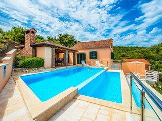 3 bedroom Villa in Makovac, Zadarska Zupanija, Croatia : ref 5629940