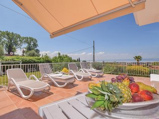 4 bedroom Villa in Bardolino, Veneto, Italy - 5639470