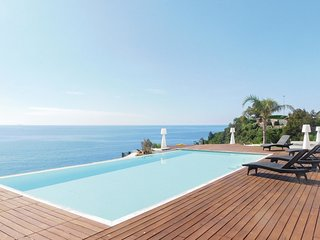 3 bedroom Villa in San Giacomo, Liguria, Italy - 5637099