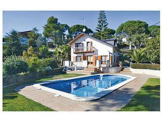 5 bedroom Villa in Sant Cebria de Vallalta, Catalonia, Spain : ref 5639352