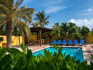 Luxury villa HopiBon with private pool