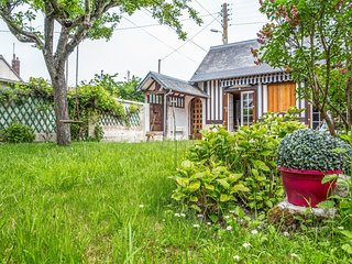 2 bedroom Villa in Trouville-sur-Mer, Normandy, France : ref 5629630