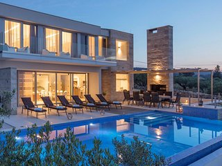 Villa Rainbow – Modern pool villa for rent with fantastic views Splitska, Brac