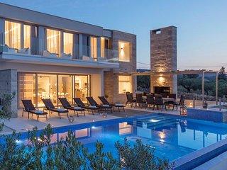 Villa Rainbow – Modern pool villa for rent with fantastic views Splitska, Brac