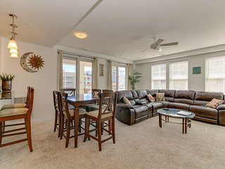 Gorgeous 2 bedroom condo! Sleeps 6.