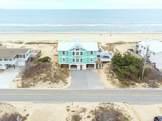 The best of Sandbridge! Oceanfront, pool, hot tub, and pool table! GORGEOUS!