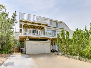Semi oceanfront beachy bliss with a pool and Eagles Nest! Sleeps 18