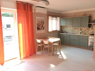 Big sun bathed studio apartment near beaches, sea view over Cap D'Antibes