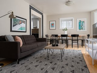 Bohemian 5BR in Downtown Montreal by Sonder