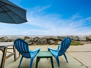 NEW LISTING! Oceanfront lower-level duplex w/direct beach access & beach view