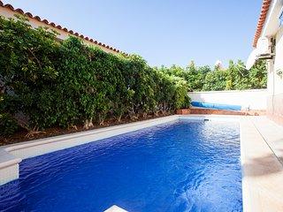 3-Bedroom Villa 'AURA' in Sueno Azul