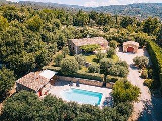 3 bedroom Villa in Lioux, Provence-Alpes-Côte d'Azur, France : ref 5474461