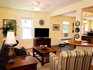 30 Day-Executive Rental - Cozy Cottage at Biltmore Village / Downtown Asheville
