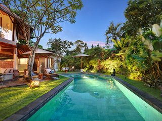 PRIME DEAL! NEW MASSIVE 7BED/7BATH LUXURY VILLA/BIG POOL, BEST LOCATION SEMINYAK