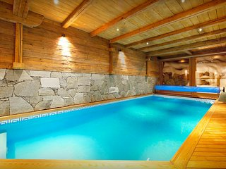 Enjoy snow time and spa time at this luxurious 5 star lodge - SnowLodge